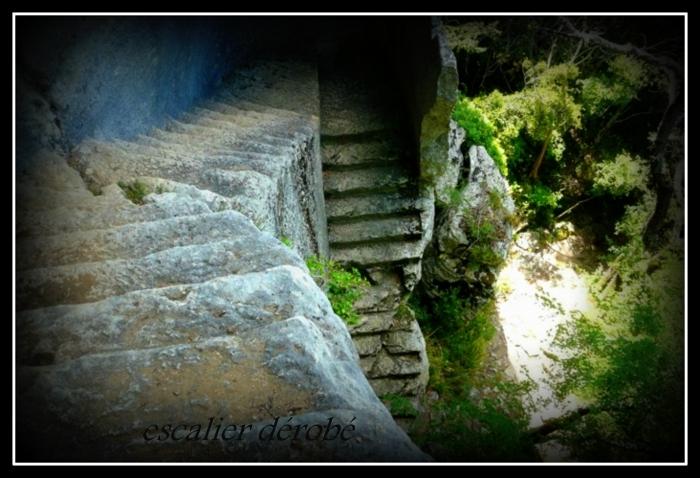 Fort de buoux photo escalier derobe def 2 001